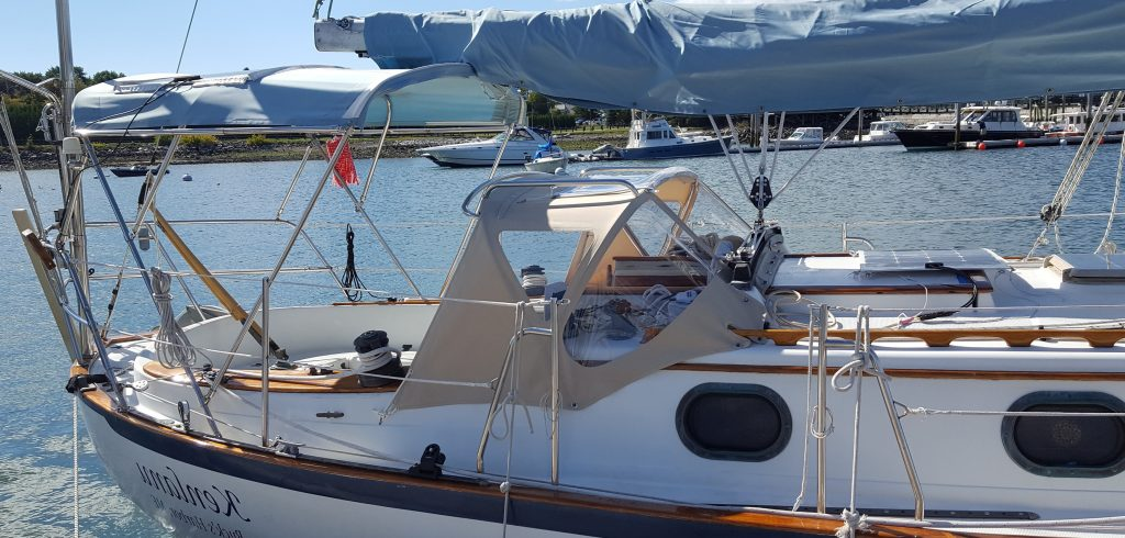 Welcome to superior boat canvas - Gemini Marine Canvas